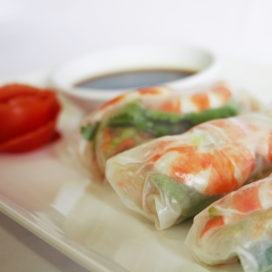 Picture of prawn and avocado rice paper rolls