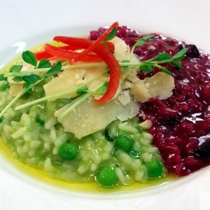 Picture of Avocado, green pea and beetroot risotto